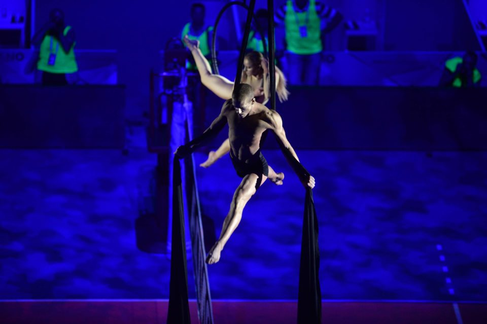 aerialist on silks